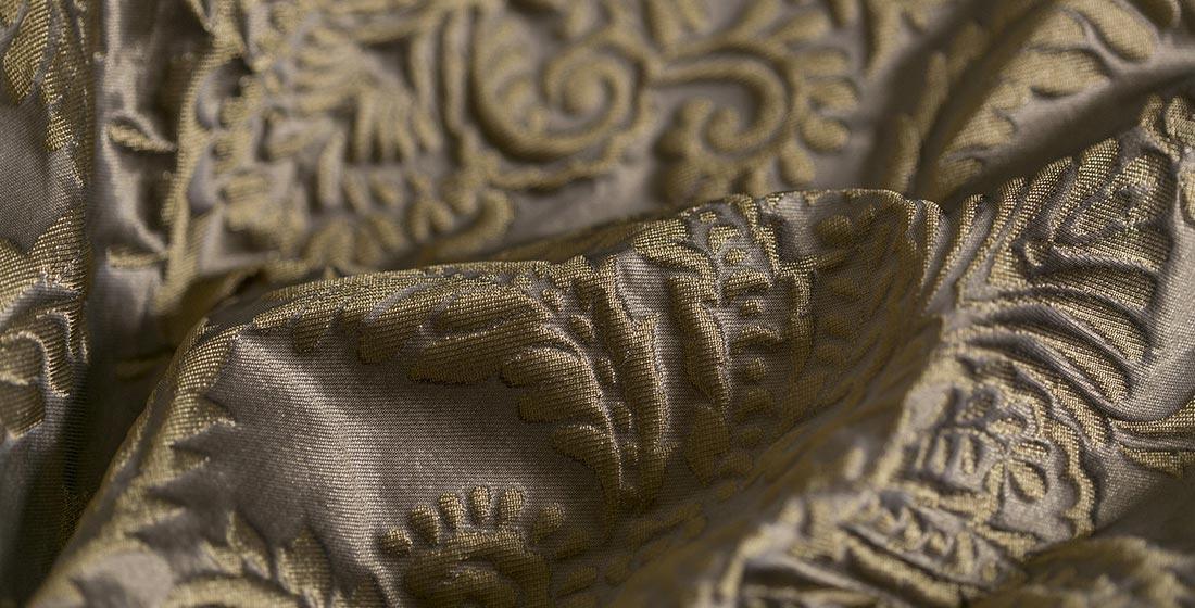 White fabric with sea bream decoration